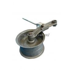 Шкив натяжной привода молотилки с рычагом