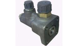 Клапан деления потока трактора Т-40