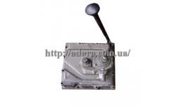 Крышка 70-1702010 КПП (с кулисой)