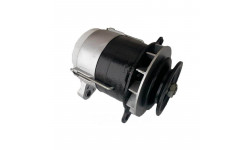 Генератор ЮМЗ Г4607.3701 14 Вольт 0,7 кВт есть варианты